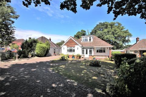 4 bedroom detached house for sale - Lower Blandford Road, Broadstone, Dorset, BH18