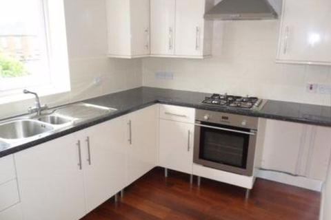 2 bedroom property to rent - 27a Congleton Road, Council Tax A
