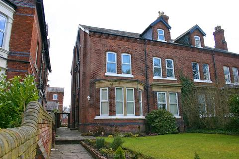 Studio to rent - Liverpool Road, Chester