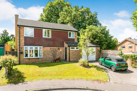 3 bedroom detached house for sale - Woodhill Park, Pembury, Tunbridge Wells