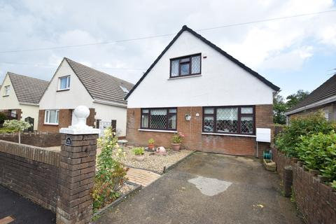 3 bedroom detached bungalow for sale - 21 Brynffrwd Close, Coychurch, Bridgend, Bridgend County Borough, CF35 5EP