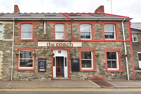 Office to rent - The Coach Office, First Floor, 37 Cowbridge Road, Bridgend, CF31 3DH