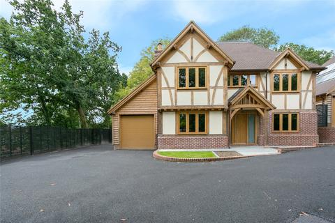 5 bedroom detached house for sale - Newstead Copse, Denham Green Lane, Denham, Buckinghamshire, UB9