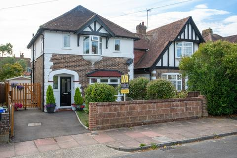 3 bedroom detached house for sale - Downlands Avenue, Worthing