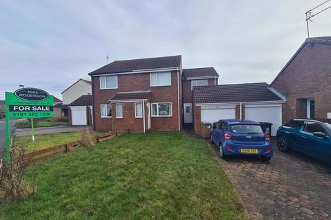 2 bedroom semi-detached house for sale - Ryedale, Wallsend - Two Bedroom Semi-Detached House