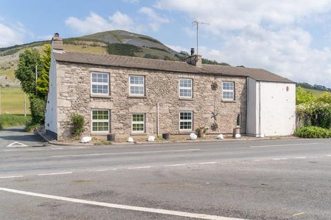 4 bedroom detached house for sale - Characterful and spacious home with exceptional views