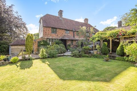 4 bedroom character property for sale - The Chantry, The Moor in Hawkhurst