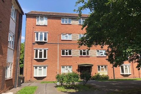 2 bedroom apartment to rent - TETTENHALL, St. Michaels Court