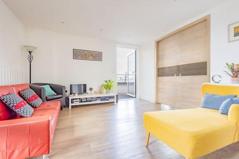 3 bedroom apartment for sale - Seafarer Way, Marine Wharf SE16