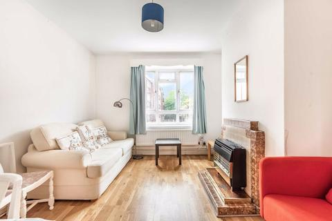 2 bedroom flat for sale - Nelsons Row, Clapham, London