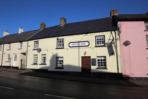 Pub to rent - Newgate Street, Brecon, LD3