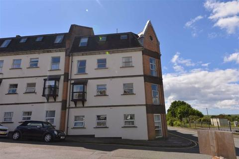 2 bedroom flat for sale - Clareston Court, 33, Station Road, Tenby, Dyfed, SA70