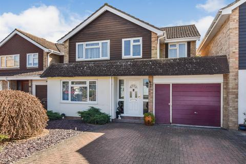 4 bedroom link detached house for sale - Overmead Drive, South Woodham Ferrers