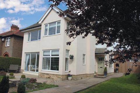 5 bedroom detached house for sale - Darlington Road, Richmond