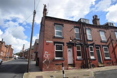 2 bedroom end of terrace house to rent - 56 Harold View, Burley Park