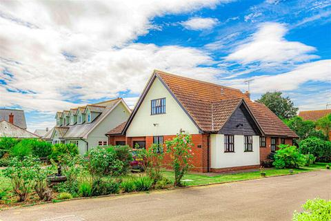 3 bedroom detached bungalow for sale - South Street, Tillingham, Southminster