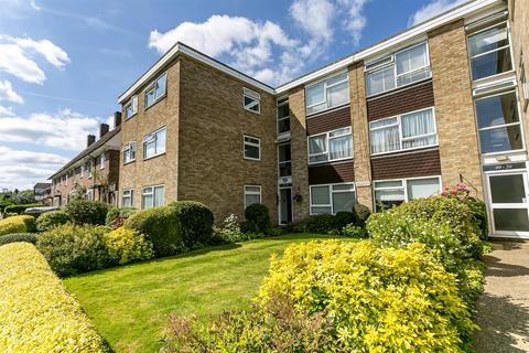 2 bedroom apartment for sale - Pound Road, Banstead