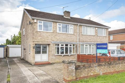 3 bedroom semi-detached house for sale - Boroughbridge Road, York, YO26 6AA