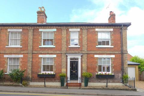 3 bedroom house to rent - Manor Street, Berkhamsted