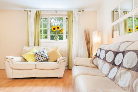 2 bedroom flat to rent - Murieston Crescent Lane Edinburgh EH11 2ER United Kingdom