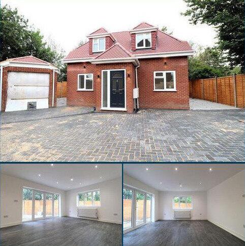 2 bedroom detached house for sale - Post Office Lane, George Green, Slough, Berkshire