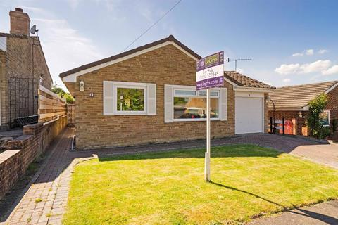 3 bedroom bungalow for sale - Leneda Drive, Tunbridge Wells