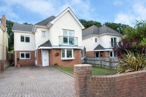 5 bedroom detached house for sale - Anthonys Avenue, Poole, Dorset, BH14