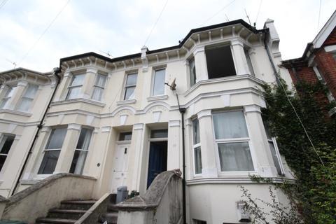 1 bedroom apartment to rent - De Montfort Road