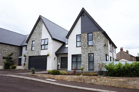 4 bedroom detached house for sale - Laurel Court, Waterton Lane, Waterton, Bridgend, Bridgend County. CF31 3YX