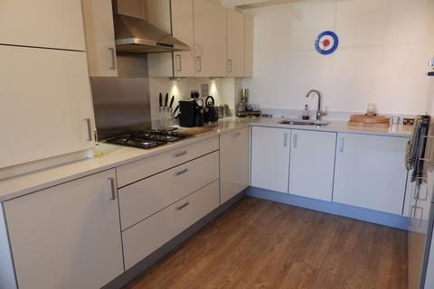 2 bedroom flat to rent - The Old Refectory, 14 Southlands Way, SHOREHAM-BY-SEA, West Sussex, BN43