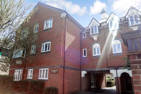 2 bedroom flat to rent - Kenton Road ,Harrow,Greater London,HA3 0AH