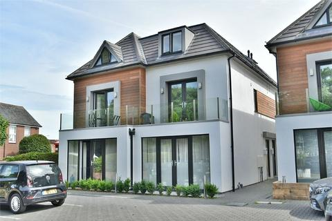 3 bedroom terraced house for sale - St Johns View, Victoria Park Road, Bournemouth