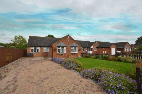 3 bedroom detached bungalow for sale - Ash Lane, Down Hatherley, Gloucestershire