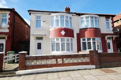 3 bedroom semi-detached house to rent - Oban Avenue, Hartlepool