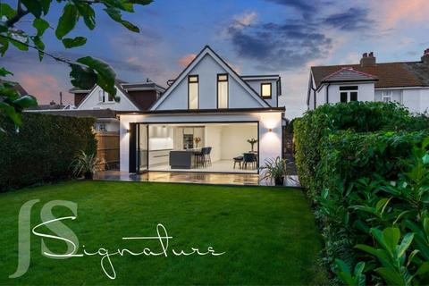 4 bedroom detached house for sale - Rosslyn Road, Shoreham-by-Sea, West Sussex, BN43 6WP