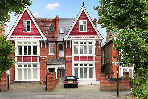 5 bedroom semi-detached house for sale - The Avenue, W13
