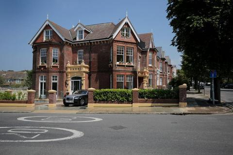 3 bedroom flat to rent - Wilbury Villas, Hove, BN3 6GD