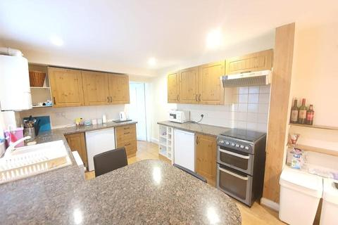 4 bedroom semi-detached house to rent - Claylands Road, London SW8