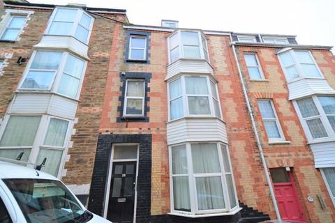 Studio to rent - Oxford Grove, Ilfracombe