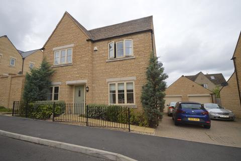 4 bedroom detached house for sale - Spire View, Cirencester