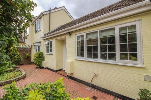 2 bedroom semi-detached house for sale - Longfield Road, Sandy, SG19