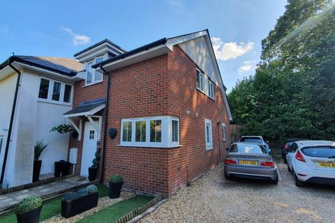 3 bedroom mews for sale - Vale Road, Poole, BH14