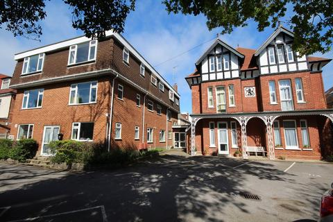 2 bedroom flat for sale - 16 Florence Road, Bournemouth, BH5