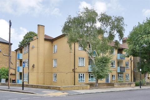 2 bedroom flat for sale - Brooke Road, Stoke Newington
