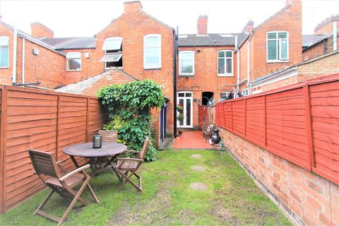 2 bedroom terraced house - Cavendish Road, Aylestone, Leicester LE2