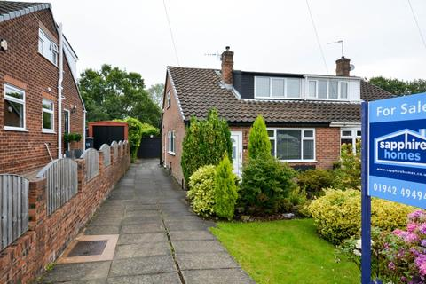 3 bedroom semi-detached house for sale - Browning Grove, Standish Lower Ground, Wigan, WN6 8LA