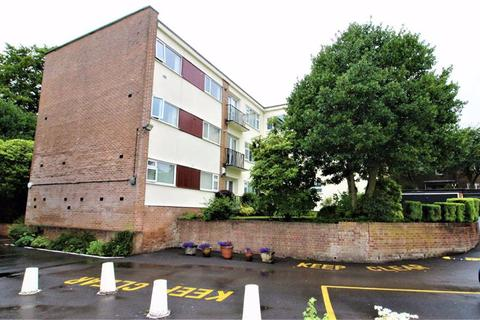 3 bedroom apartment for sale - Park Lane Court, Bury New Road, Salford