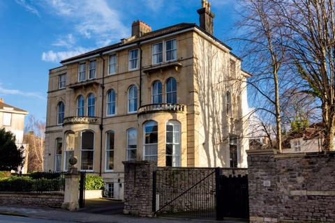 Studio to rent - Clifton House, Tyndalls Park Road,
