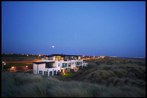 2 bedroom apartment for sale - Dune Point, Clifton Drive North, St Annes