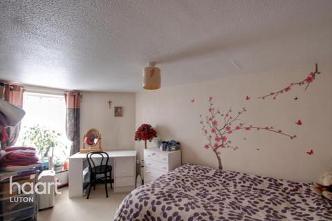 1 bedroom maisonette for sale - Stockwood Crescent, Luton